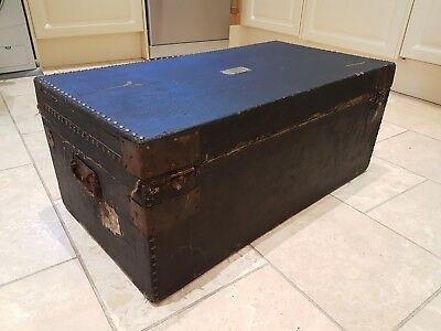 Georgian luggage trunk