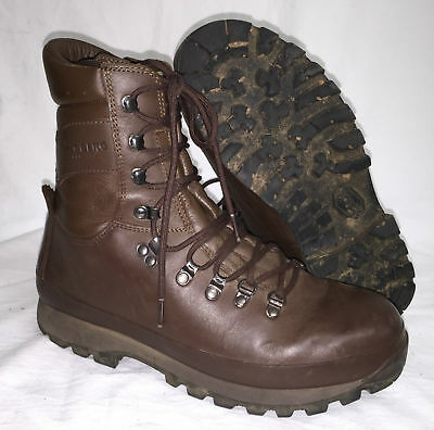 Altberg brown army issue boots - leather grade 1