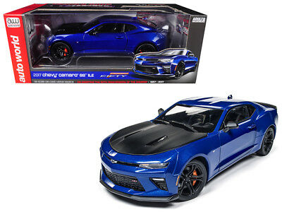 2017 CHEVROLET CAMARO SS 1LE 50th ANNIVERSARY BLUE LTD 1/18 AUTOWORLD AW241u