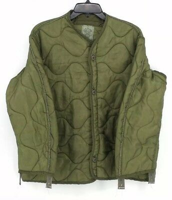 USMC Army Surplus M-65 Field Jacket Liner green quilted w/ buttons Medium