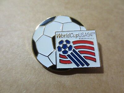 fd40c5dd11f Vintage 1994 HAT Shirt LAPEL Tac PIN WORLD CUP USA SOCCER BALL Logo (J212)