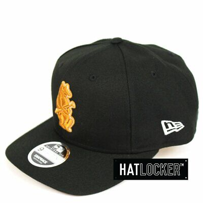 New Era - Chicago Cubs Black Tan Precurved Snapback
