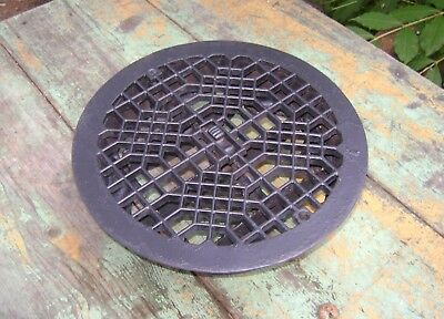 ANTIQUE CAST IRON FLOOR VENT ROUND Louvered