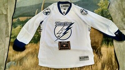 07d400711 Sweet Signed Tampa Bay Lightning Canada Steven Stamkos White Jersey Proof  Coa