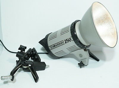 Elinchrom 250 Classic Studio Flash Unit and Light Source + Clamp