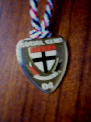 2004 St Kilda Saints AFL Team Logo Metal Badge
