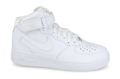 new product 624df ac88c Chaussures Femmes Sneakers Nike Air Force 1  366731 100