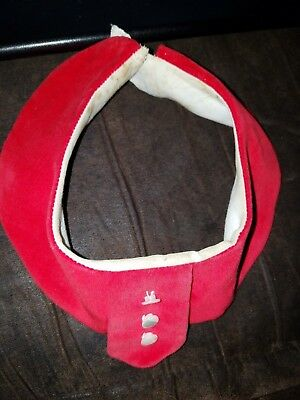 Vintage Red collar with white buttons.  Coed collars brand