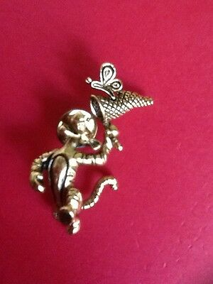Disney TIGGER from Winnie The Pooh 3 D Three Dimensional Accessory PIN NEW Gold