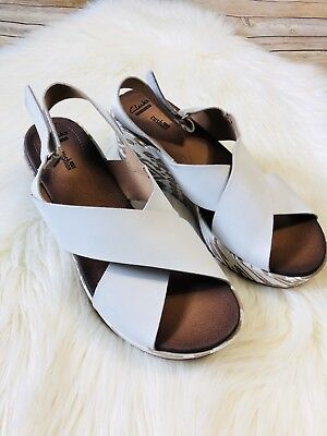 57d0552a2a0f Clarks Women s White Stasha Hale 4 Criss Cross Slingback Wedge Sandals Size  11W