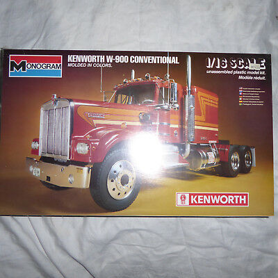 Kenworth W-900 Conventional 1/16 2501 factroy sealed