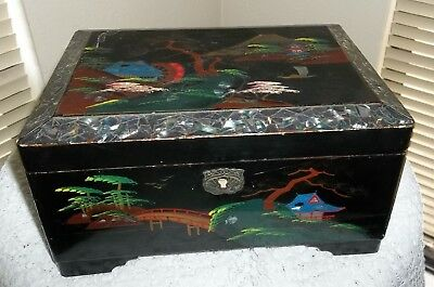 vtg JAPAN MT FUJI  BLACK LACQUER WARE MOP FLAKES JEWELRY BOX bevelled mirror