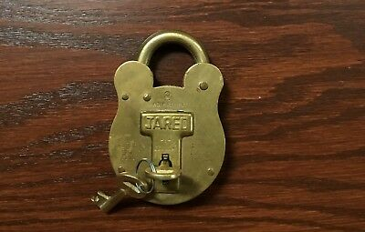 Vintage Solid Brass Old English Jared Lock With 2 Keys 4 Levers