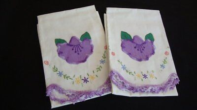 Pair of Vintage Off White Cotton Pillowcases Shams Embroidered Appliques Flowers