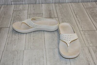 6cca216943a7 FITFLOP RINGER WELLJELLY Flip Flop - Women s Size 9 - White DAMAGED ...