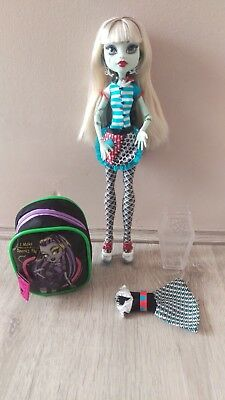 Monster High Stiching Classroom Frankie Stein Doll