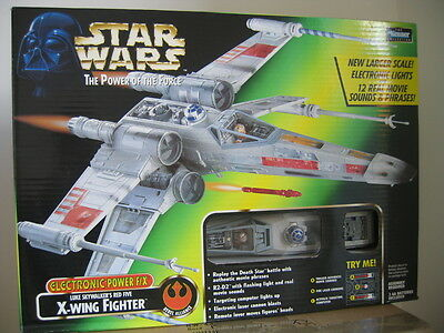 STAR WARS - POTF2 - Luke Skywalker's Red Five X-Wing Fighter - OVP -  selten