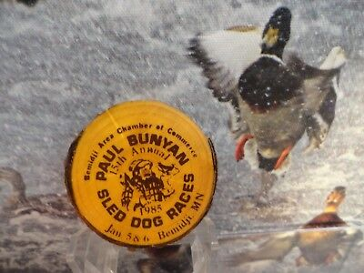BEMIDJI MINNESOTA  PAUL BUNYAN 15th  SLED DOG RACE 1985 Button