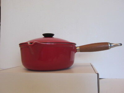 Vintage Le Creuset #20 Red 2 Quart Saucepan w/ Wood Handle & Lid Made in France