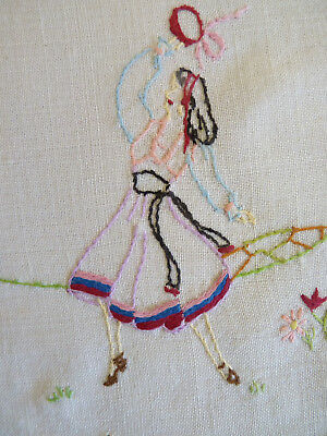 GYPSY DANCER & CARAVAN Vintage Hand Embroidered Large Doily or Table Centre