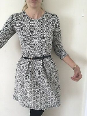 New NW3 Hobbs Dress Blue White Floral Beautiful U.K. 8