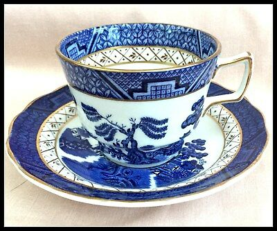 """Royal Doulton Booths """"Real Old Willow"""" T.c 1126  Cup And Saucer 1981 England"""