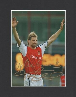 Tony Adams Arsenal England Original Hand Signed 10X8 Mounted Autograph Photo