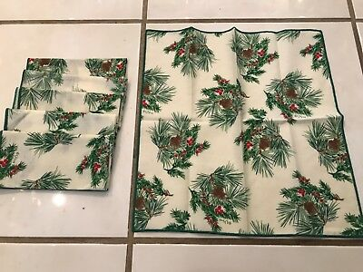 Set Of 6 Vera Christmas Holiday Napkins Pine Cones Holly Excellent