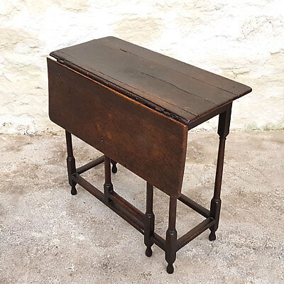Carolean Oak Single Drop Leaf Gateleg Small Side Table Late C17th (Jacobean)