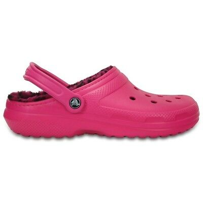 Crocs Classic Kids Shoe Fuchsia slip on shoe Size 4