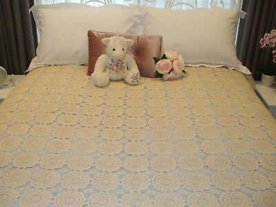 Vintage Hand Crochet Tablecloth/Bed cover. (Large) New Never used.