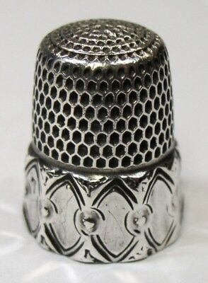 Antique Simons Brothers Sterling Silver Thimble Ten Concave Oval Panel Design