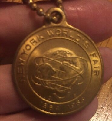 1964-1965 NEW YORK WORLDS FAIR: UNISPHERE Promo Fob w/KeychainBLOW OUT SALE (G)