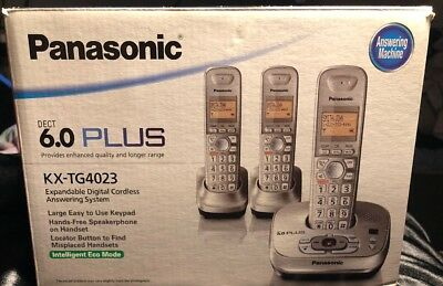 Panasonic KX-TG4023N Expandable Digital Answering System. 3 hsets Included phone