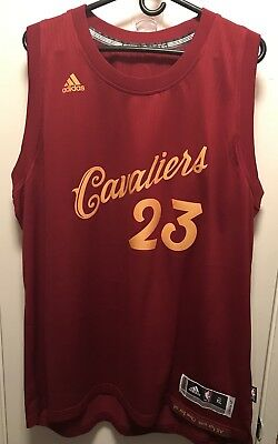 free shipping 179e9 1ccfd ADIDAS MEN'S LEBRON James Christmas Jersey Size XL Cleveland Cavaliers