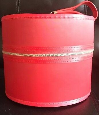 Classic Vtg Red Vinyl Round Wig Hat Box Train Case Floral Interior And Wig
