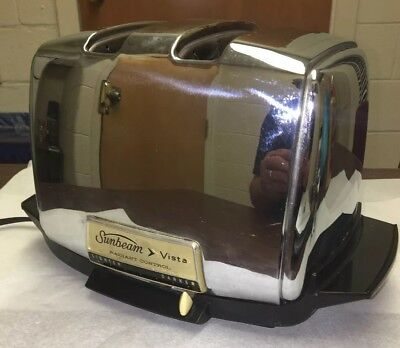 VINTAGE SUNBEAM VISTA RADIANT CONTROL TOASTER VT 40-1  Works Well. Retro