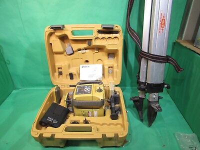 Topcon RL-SV2S Dual Slope Laser Level, Remote, 2x LS-80L Receivers, Tripod, Case