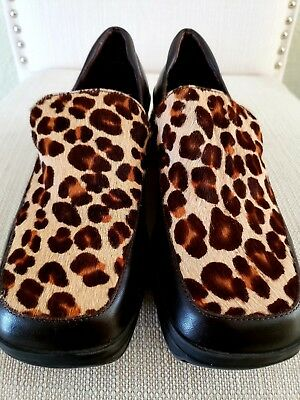 ac9f08328a40 Bass Womens Size 6 Loafer Calf Hair Leopard Print Leather Upper Slip On Shoe
