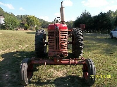 International Farmall 400 Tractor With T.A. No Reserve