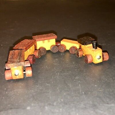 VTG. MINI WOODEN TRAIN  w/ALL MOVING WHEELS 1/2 inch high And 4 3/4 inches long