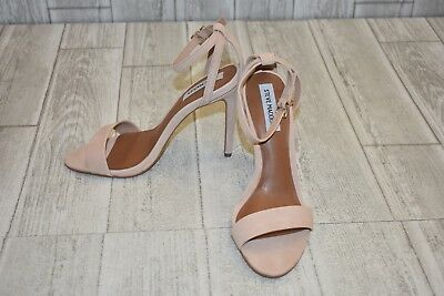 ab561b49837 STEVE MADDEN LACEY Heels - Women's Size 8 M - Natural