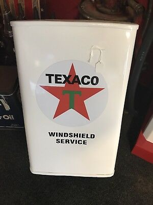 TEXACO WINDSHIELD TOWEL SERVICE BOX  FROM THE 50s
