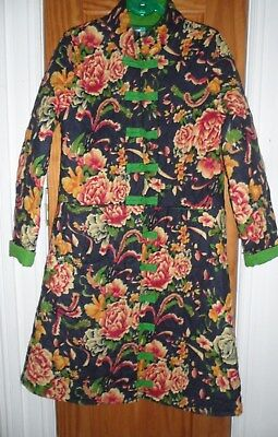 Womens navy floral Chinese stylelong quilted coat, green trim, sized 8-10. BNWT