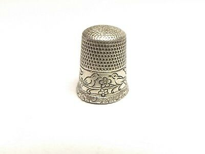 Antique Waite Thresher Sterling Silver Birds Facing Each Other Thimble - Sz 7