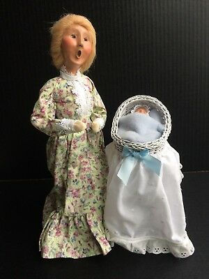 """Byers Choice Caroler 2002 Mother w/ Baby Boy in a Bassinet 12"""""""
