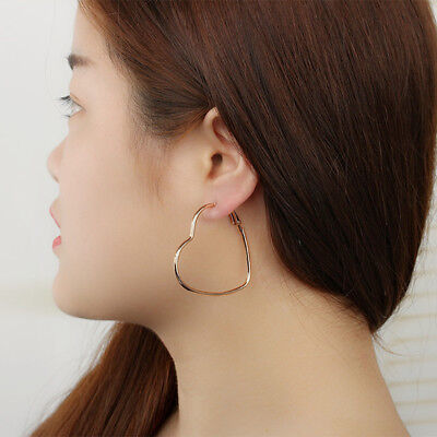 Chic Ladies Girls Stylish Hollow Out Love Heart Shape Earrings Favor Gifts N7