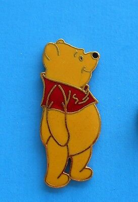 1990s WINNIE THE POOH PIN MADE IN TAIWAN WDW DISNEY PIN STANDING POOH PP# 12049