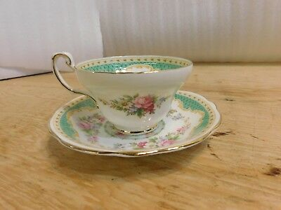 Windsor White Green Gold Floral Flowers Cup Saucer