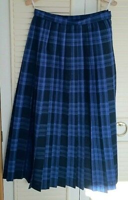 Country Casuals pure new wool  Tartan Pleated Skirt